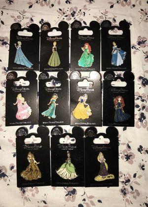 HUGE LOT OF 11 DISNEY PRINCESS PINS for Sale in Cerritos, CA