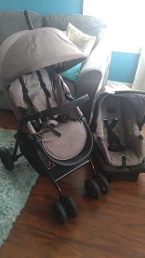 Baby's Stroller Evenflo Sibby Travel System with LiteMax 35 Infant Car Seat for Sale in Allentown, PA