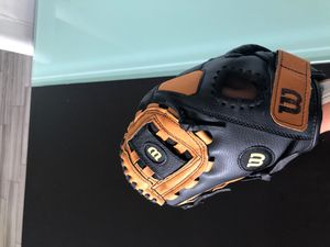 LEFTY Wilson Baseball Leather Glove for Sale in Orland Park, IL