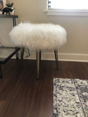 Trendy White Ottoman from West Elm for Sale in Nashville, TN