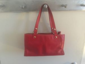 Red summer small over shoulder authentic Kate Spade for Sale in Alexandria, VA