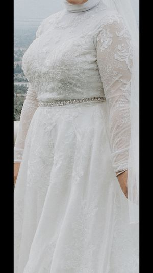 Wedding dress. Size 14 for Sale in Sunnyvale, CA