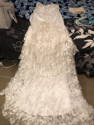 Wedding dress only worn once! Size 10 for Sale in McKeesport, PA