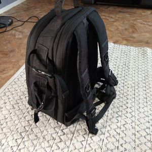 Amazon Basics Camera Backpack for Sale in Fort Worth, TX