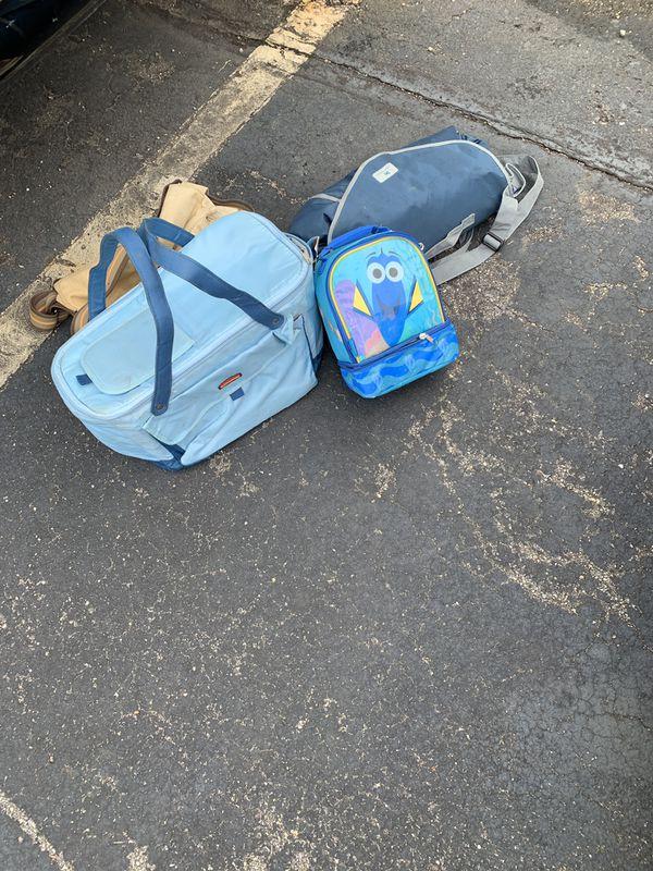 Picnic basket picnic rug/mat and kids lunch bag