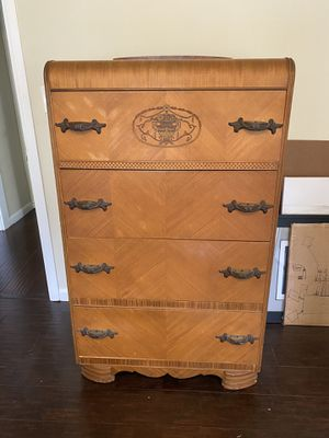 Art Deco 1920's Vintage Dresser for Sale in Long Beach, CA