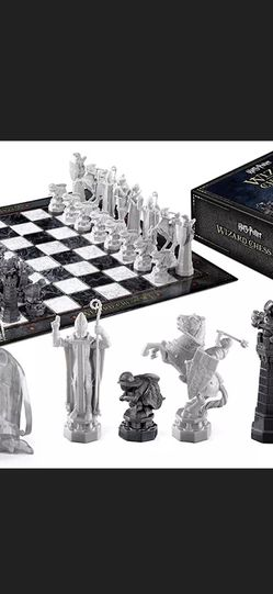 Harry Potter Chess Set Collectible Like New for Sale in Hollywood,  FL