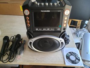 New Karaoke System- Bluetooth Speaker with microphones for Sale in Moreno Valley, CA