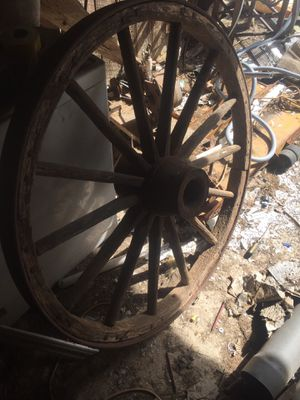 Early 1900 antique steel rim wagon wheel. for Sale in Greenville, SC