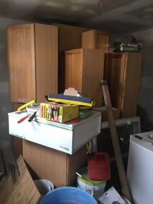 14 pieces kitchen cabinet for Sale in Woodlawn, MD
