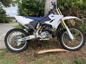 YAMAHA YZ 250 2 stroke! Aluminum frame! I BUY SELL TRADE DIRT BIKES & ATVS for Sale in Lauderdale Lakes, FL