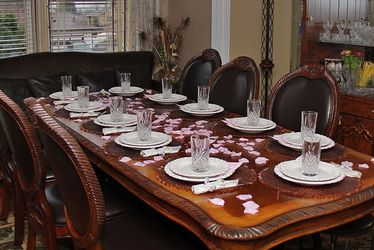 Wooden Dining TABLE for Sale in Auburn,  WA