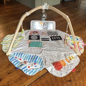 Lovevery Play Mat for Sale in North Port, FL