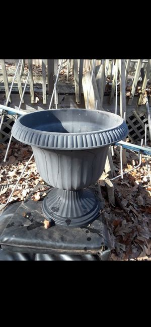 Plant pot for Sale in Liberty, SC