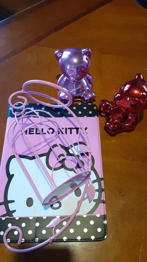 HELLO KITTY IPAD CASE,SM,PINK DECORATION, 2-BEAR BANKS ALL ONE PRICE PICK UP ONLY! for Sale in Apple Valley, CA