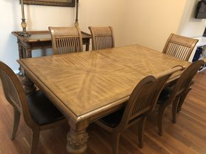 Tropical Dining Room Table & Console for Sale in Belle Isle, FL