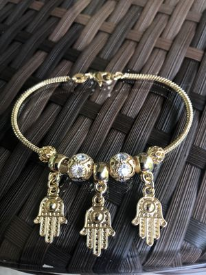 14k Gold filled god hands charm bracelet best quality guarantee free shipping for Sale in Beaumont, TX