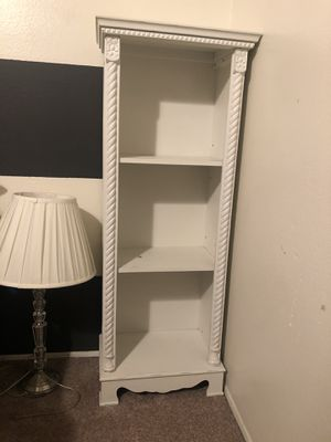 Small bookcase/shelf for Sale in San Diego, CA