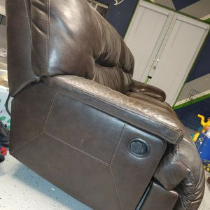 Ashley Furniture Couches/recliners for Sale in Sumner, WA