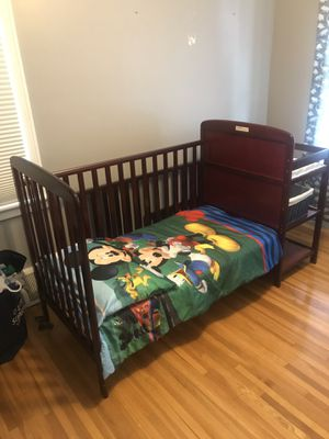 Adjustable crib for Sale in Buffalo, NY