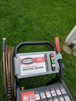 Simpson 4200 psi 4gpm professional pressure washer for Sale in Etna, OH