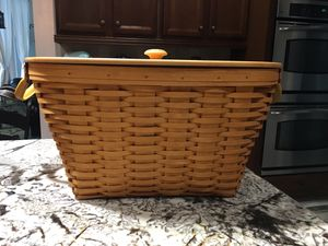 Longaberger oval laundry for Sale in New Port Richey, FL