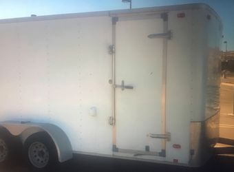 Pulls Excellent 2014 Trailer for Sale in Springfield,  IL