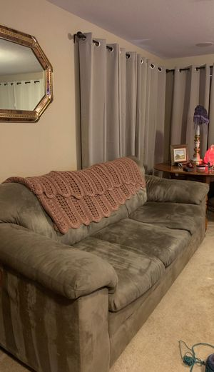 3 Cushion Sofa and 2 Cushion Loveseat. $400 Willing to trade for outdoor furniture for Sale in Las Vegas, NV