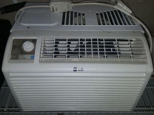 LG Window AC unit for Sale in Seattle, WA