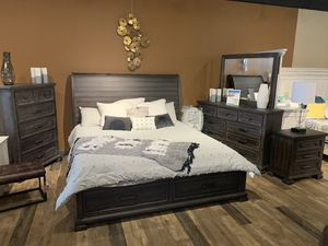 NEW King or Queen Rustic Platform Storage Bed Frame - Sets Also Available for Sale in Charleston, SC