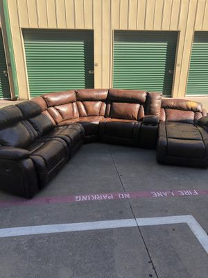 $5k original cost leather power reclining sectional couch for Sale in Plano, TX