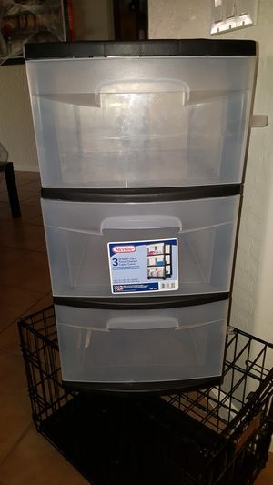 3 drawer plastic container for Sale in Gilbert, AZ