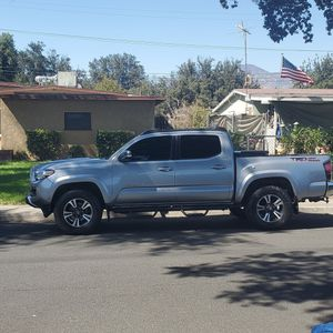 Toyota tacoma for Sale in Redlands, CA
