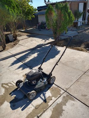 Lawn mower for Sale in Fontana, CA