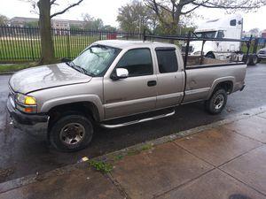 Gmc sierra 2500hd PARTS for Sale in Philadelphia, PA