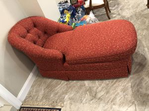 Red love couch for Sale in Alexandria, VA