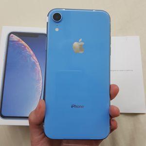 iPhone XR (128 GB) Desbloqueado Con Garantià for Sale in Providence, RI