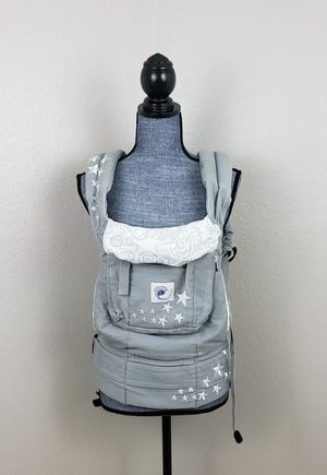 Ergobaby carrier with newborn infant insert. for Sale in Chandler, AZ