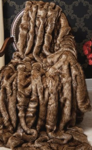 YES AVAILABLE -Faux fur throw 58 X 84 for Sale in Davie, FL