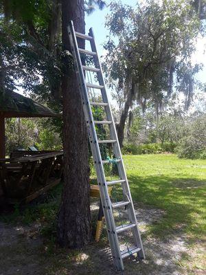 24' Werner aluminum extension ladder for Sale in Frostproof, FL