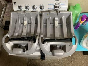 Evenflo 2 infant car seat base for Sale in Oak Harbor, OH
