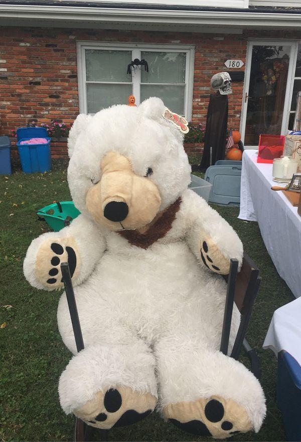 Huge teddy bear