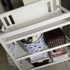 changing table/ cambiador de bebé for Sale in Pembroke Pines, FL