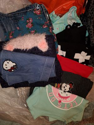 9 Pieces Girls Clothes Sz. 2T Like New /NWOT for Sale in Redondo Beach, CA