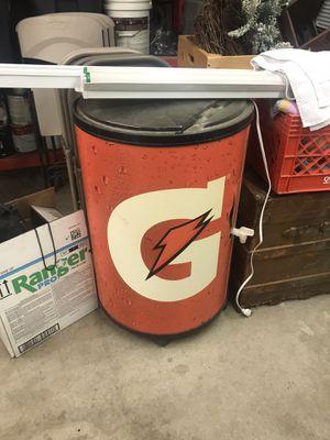 Gatorade drink cooler for Sale in Riverside, CA