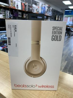 Beats by Dr. Dre Solo3 Wireless On the Ear Headphones - Gold for Sale in Lynn, MA