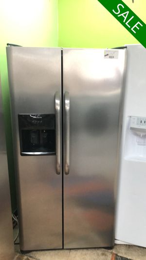 😍😍Refrigerator Fridge Frigidaire With Icemaker Side by Side #827😍😍 for Sale in Orlando, FL