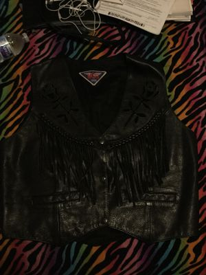 Womens REAL leather fringed vest (M) for Sale in San Diego, CA