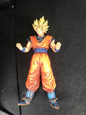 Goku collection statue for Sale in Middletown, NJ