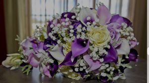 Purple & White Cascading bouquet for Sale in San Diego, CA
